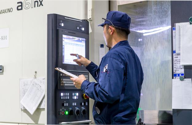 兵庫精密工業所 製造事業部の勤務風景