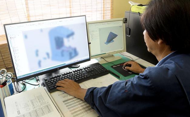兵庫精密工業所 生産技術グループの勤務風景