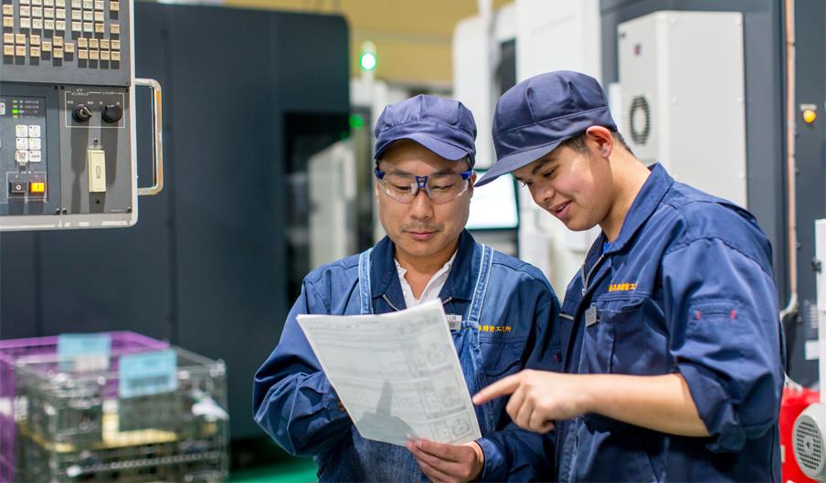 兵庫精密工業所の充実した教育制度 社員研修の様子